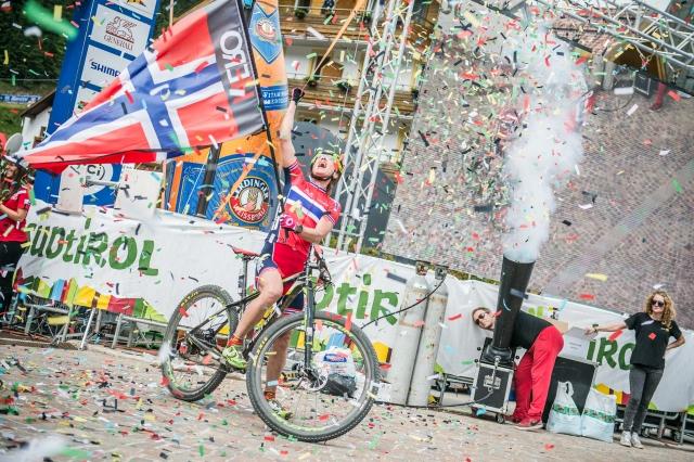 Svetovno prvenstvo v gorsko kolesarskem maratonu Sellaronda HERO 2015