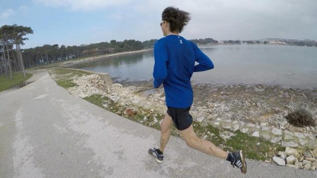 Puhar odstopil na SP v polmaratonu, med ženskami svetovni rekord