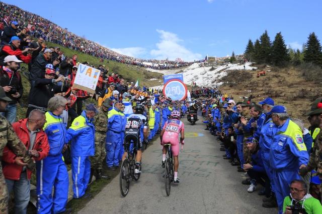 Giro: Pozdravite jih na Zoncolanu