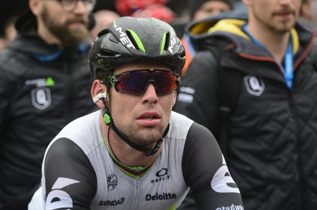 Mark Cavendish se je maščeval Nizzolu, Landa zmagal, Nibali popustil (VIDEO)