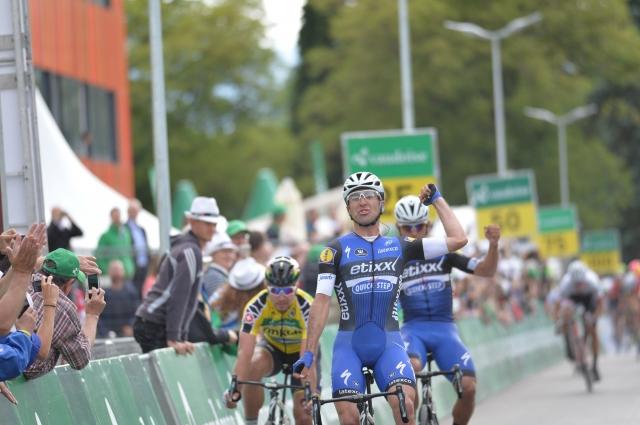 Tokrat kolesarja Etixxa ugnala Petra Sagana