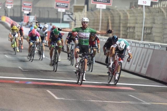 Abu Dabi: Cavendishu zaključek, Kangertu dirka