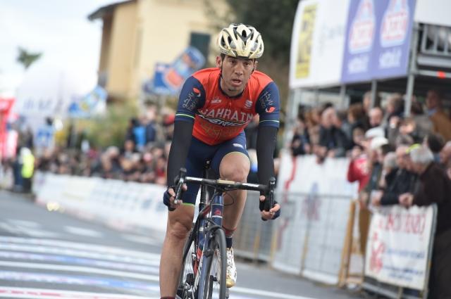 Giro: Izključen zaradi prerivanja