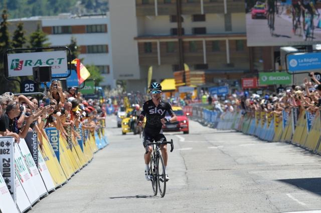 Porte na Alpe d'Huez odčital lekcijo favoritom ... Kennaugh zmagal