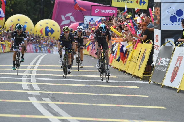 Špilak in Novak bežala ... končna zmaga Teunsu