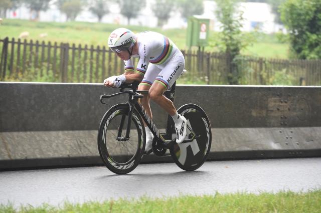 Tony Martin: Proti menjavi koles