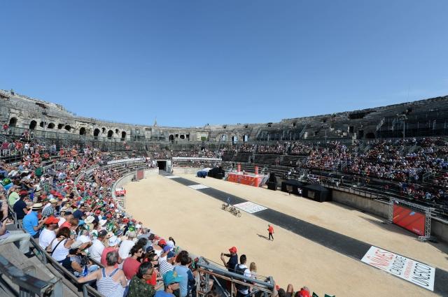 Vuelta: BMC pričakovano, Froome že v prednosti