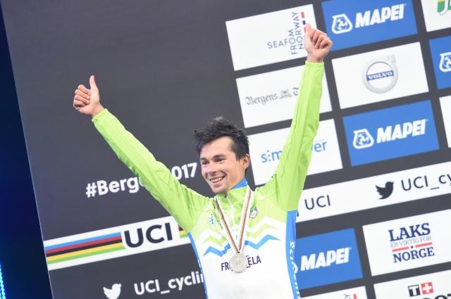Cyclingweekly Rogliča postavil na 33. mesto