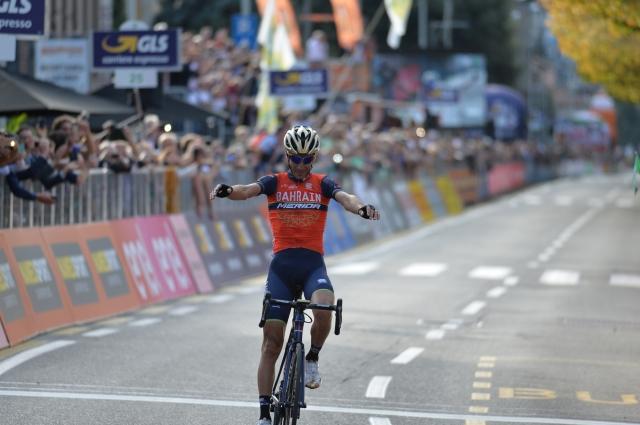 Vincenzo Nibali prepričljivo najboljši na Lombardiji.
