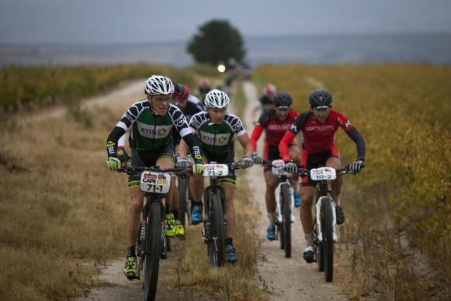 Ivone Kraft in Peter Vesel zmagovalca Absa Cape Epic 2015