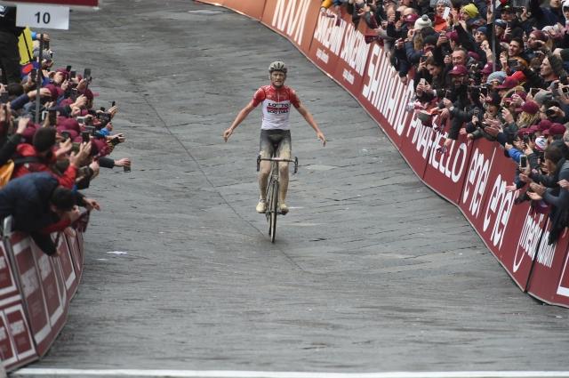 Epska dirka Strade Bianche. Matej Mohorič 11.