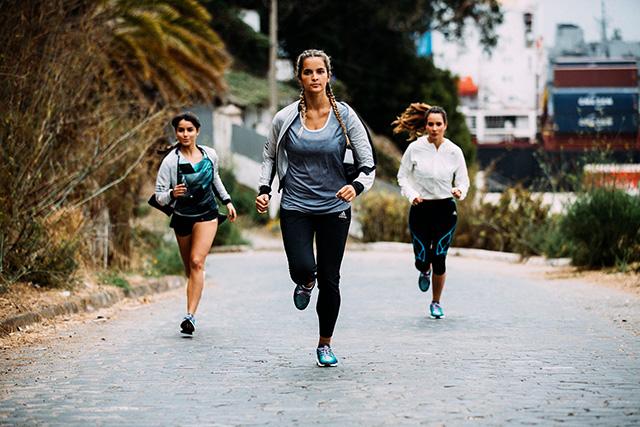 Kako se izogniti pridobivanju teže med treningom za maraton