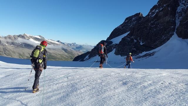 Razpis plezalnega tabora za perspektivne alpinistke