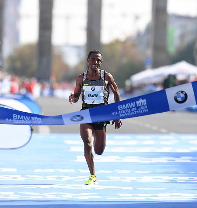 Berlinskega in moskovskega maratona so se udeležili tudi slovenski tekači