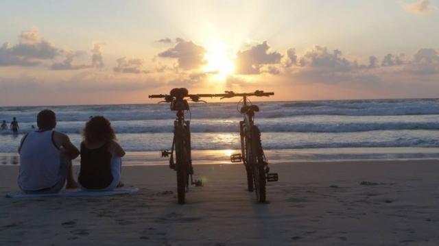 Z Bicyclickom kolesi podpirata drug drugega