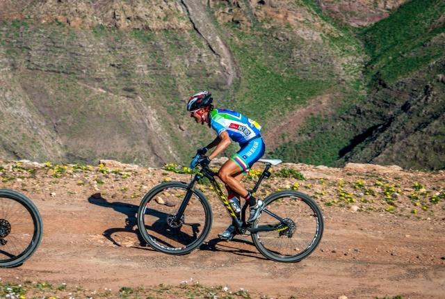 Blaža Klemenčič in Habitat Mountainbike Team