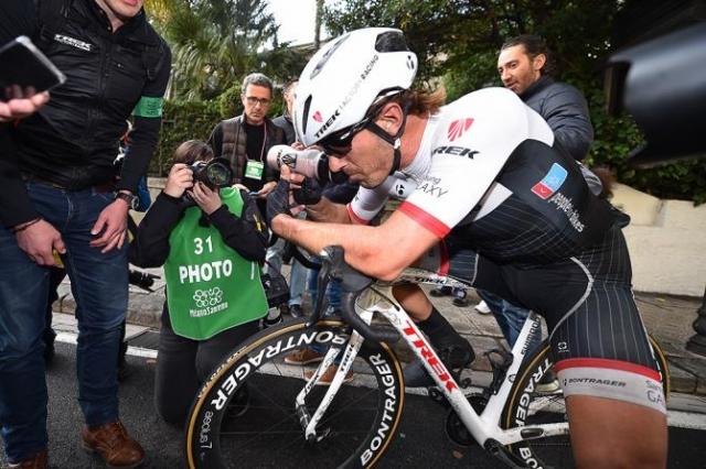 Cancellara padel na E3 Harelbeke, sumijo na zlom zapestja!