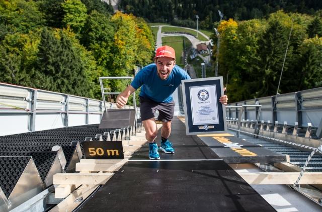 Smučarski skakalec Johannes Rydzek uspešno podrl svetovni rekord na skakalnici v Oberstdorfu