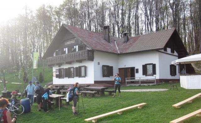 Dom dr. Franca Goloba na Čemšeniški planini