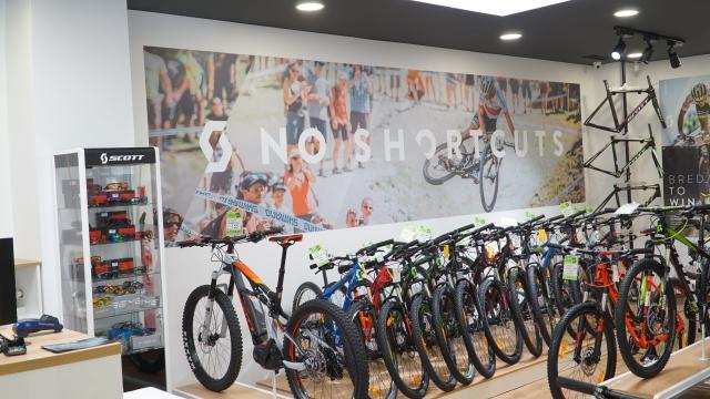 V Celju odprta prva konceptualna trgovina BIKE EK SCOTT Concept Store Celje