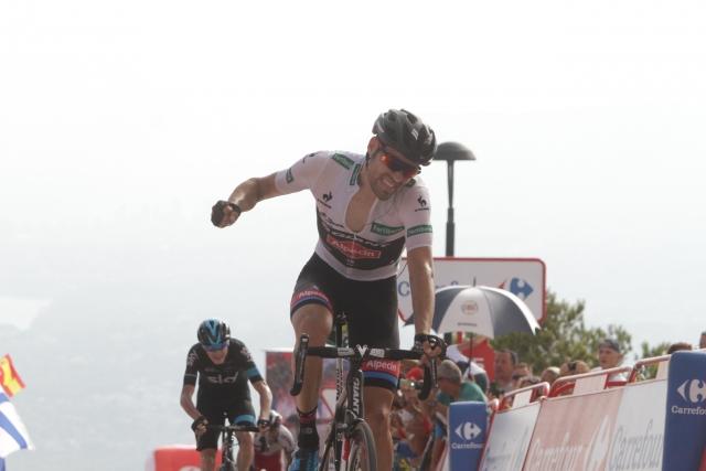 Tom Dumoulin dobil etapo, Froome se je vrnil