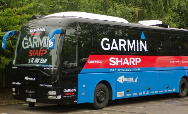 Predstavitev avtobusa s sončnimi celicami ekipe Garmin - Sharp (video)
