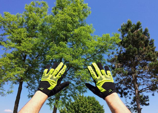 Iz kakšnega testa so: rokavice Ziener Cesario Touch