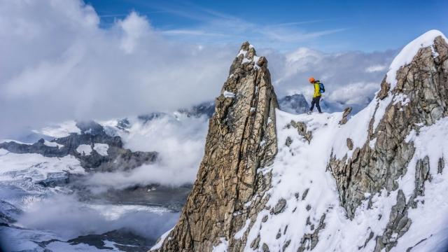 Neugodne razmere Kilianu preprečile rekordni vzpon na Everest
