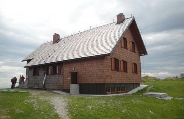 Krekova koča na Ratitovcu