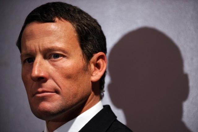 Armstrongova saga razrešena šele leta 2016!