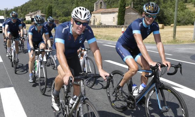 Armstrong na Touru spet v središču pozornosti, odgovoril kritikom