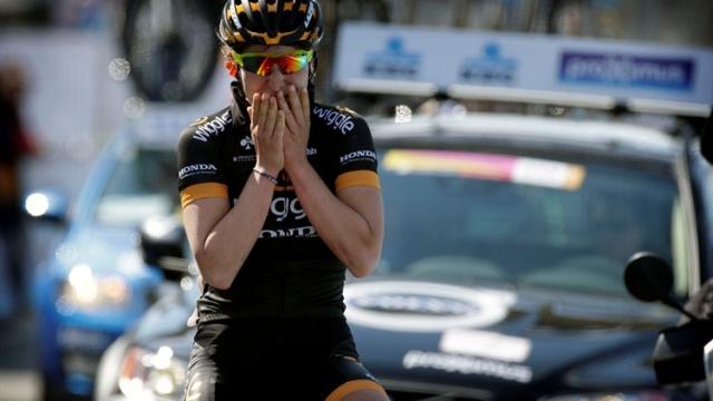 Elisa Longo Borghini zablestela v Flandriji, zelo dobra tudi Bujakova
