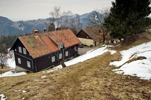 Govejek (727 m) in Gontarska planina (894 m) čez Osolnik (857 m)