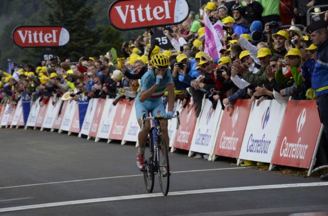 Izjemni Nibali do druge etapne zmage in rumene majice
