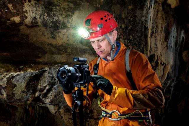 [INTERVJU] Jamarski fotograf Peter Gedei: Ljudem prikažemo podzemni svet tak kot je: barvit in zanimiv!