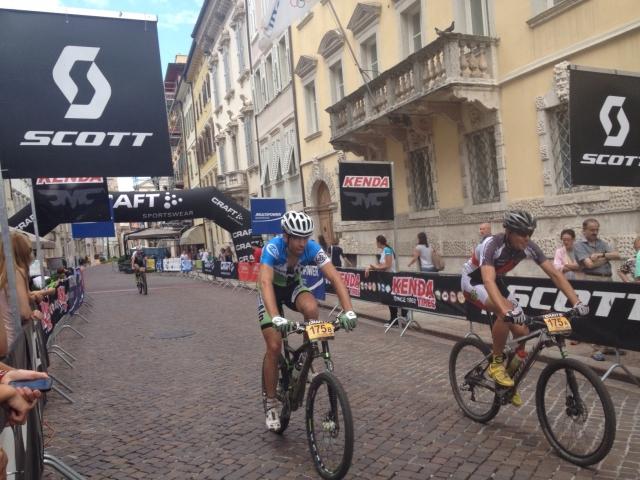 Za dvojico Bicikel.com prek Alp še ena zelo uspešna etapa.