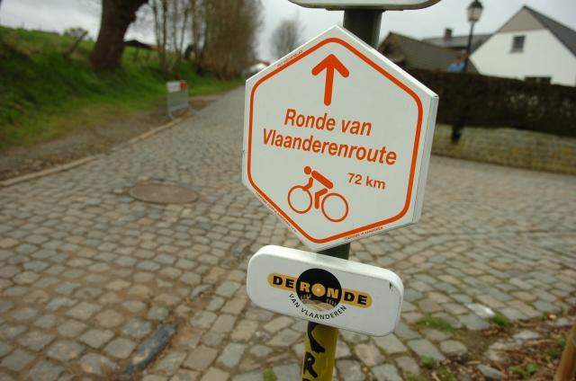 Flandrijski spektakel: 16 vzponov in štirje Slovenci (video)