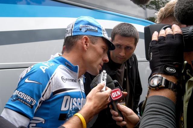 Armstrong: Odgovarjal bom odkrito in transparentno