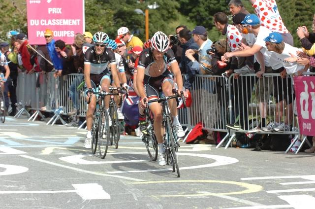 Italijanski mediji: Riis s Schleckoma, Bruyneel s Contadorjem
