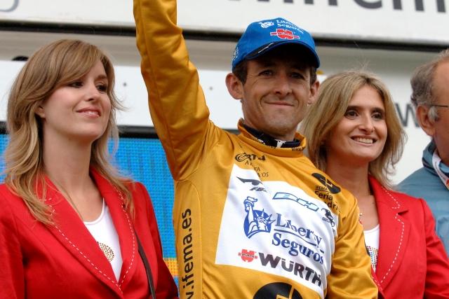 Herasu Vuelta 2005, UCI za enakopravnost in umik novega sponzorja