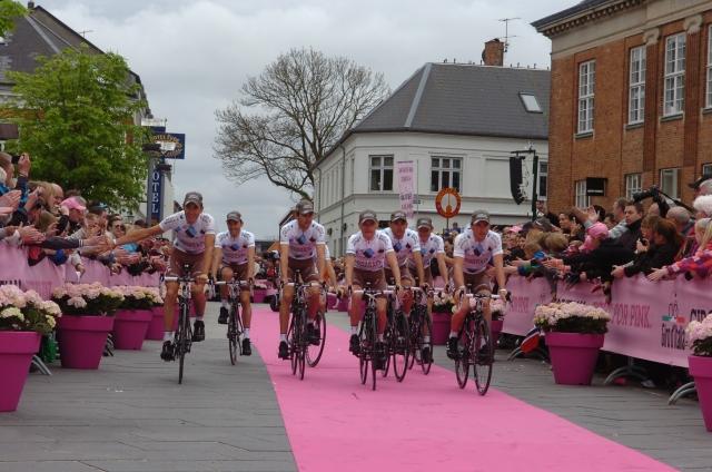 Rdeča preproga tokrat za kolesa in kolesarje (fotogalerija)
