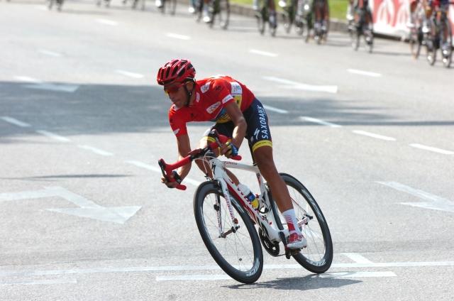 Sestavljanje Contadorjevega Specializeda (video)