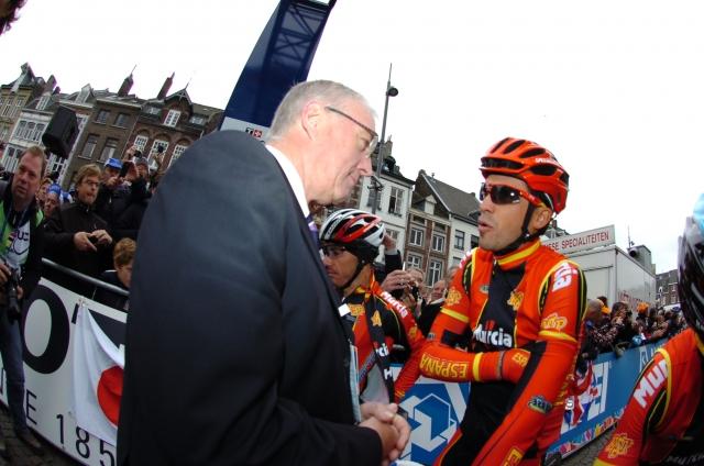 Contador dolguje skoraj pol milijona evrov Uciju in Wadi