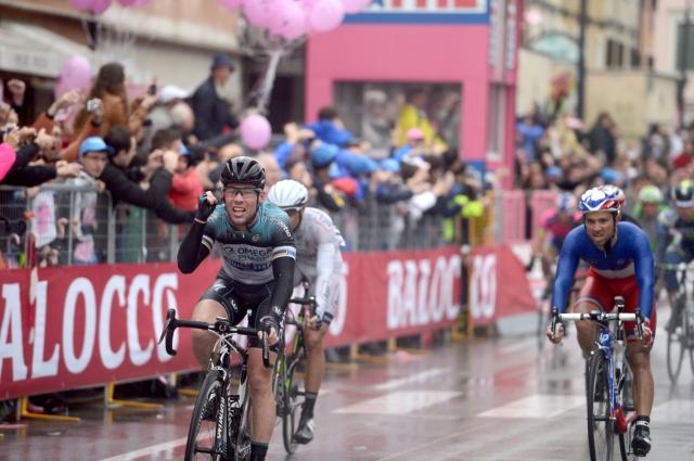 Luka Mezgec 3. v sprintu, Marku Cavendishu stota zmaga! Marko Kump 6. na Norveški! (foto in video)