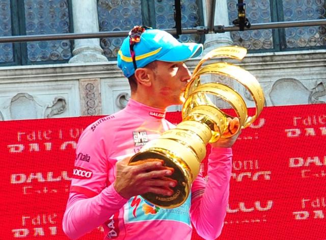 Luka Mezgec za konec peti, Vincenzo Nibali dobil Giro!