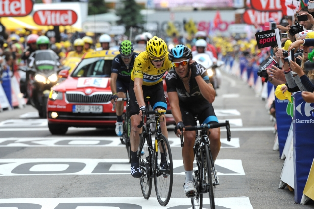 Froome kaznovan z 20 sekundami in 200 franki, Contadorjeve težke noge!