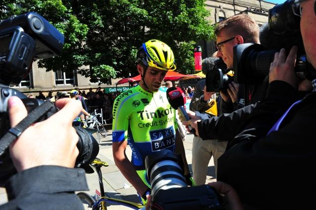 Dokončni ne Vuelti: Alberto Contador še ne trenira