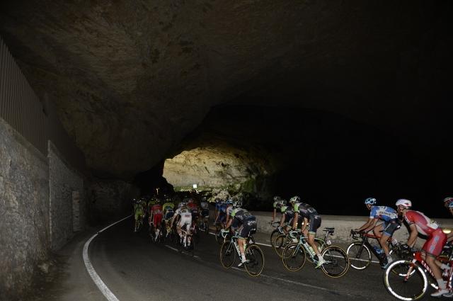 Tour: Galibier odstranili s trase ... predor preveč poškodovan