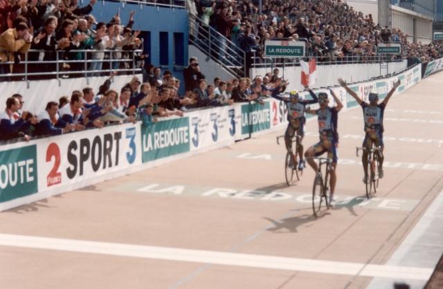 V kolesarstvo se vrača Mapei in morda Segafredo?