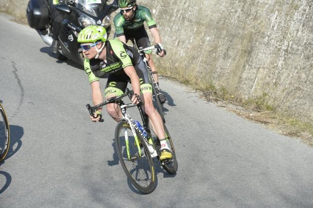 Alberto Contador grdo padel v zaključku, Rusu etapa, Porte ostaja v vodstvu